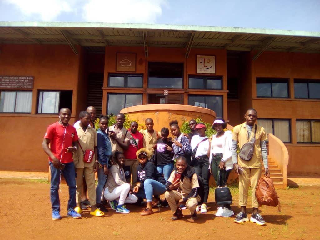 Cours de Fufuldé et de Medumba à la Fondation JFG / A partir de 10 ans